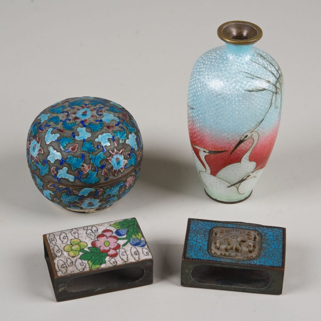 (4) pcs. Chinese and Japanese cloisonne