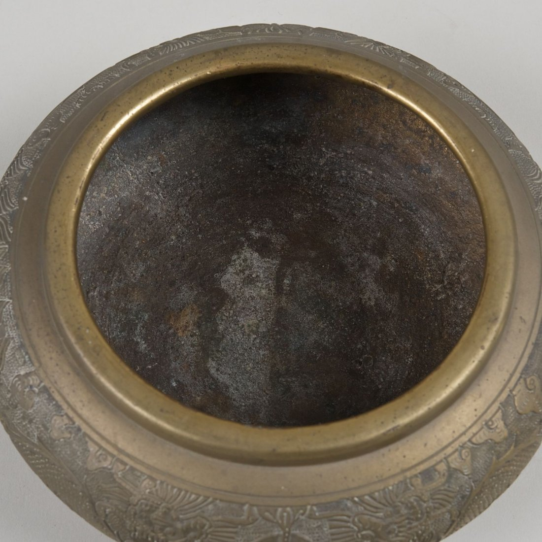 Antique Chinese brass censer with Ming marks - 4