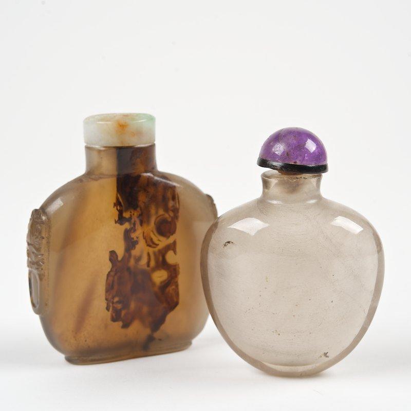 (2) Chinese hardstone snuff bottles
