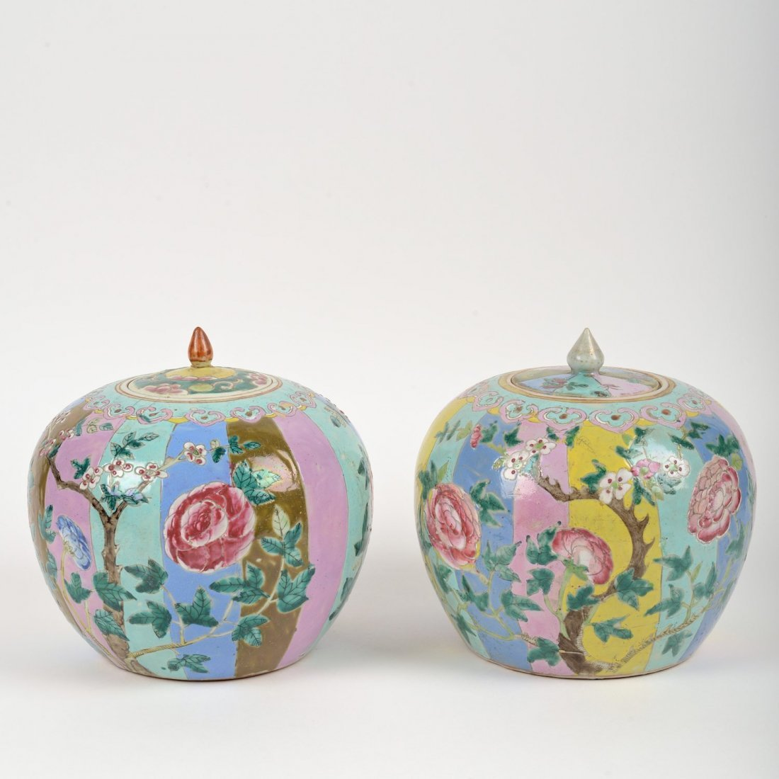 Chinese porcelain jars and covers