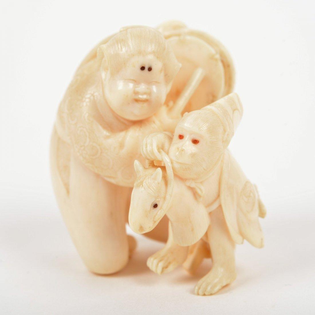 Rare Japanese inlaid ivory netsuke by Kaigyokusai