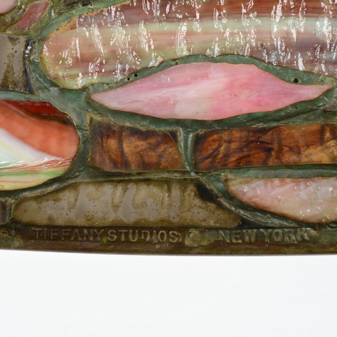 "Tiffany Studios ""Pond Lily"" table lamp - 6"