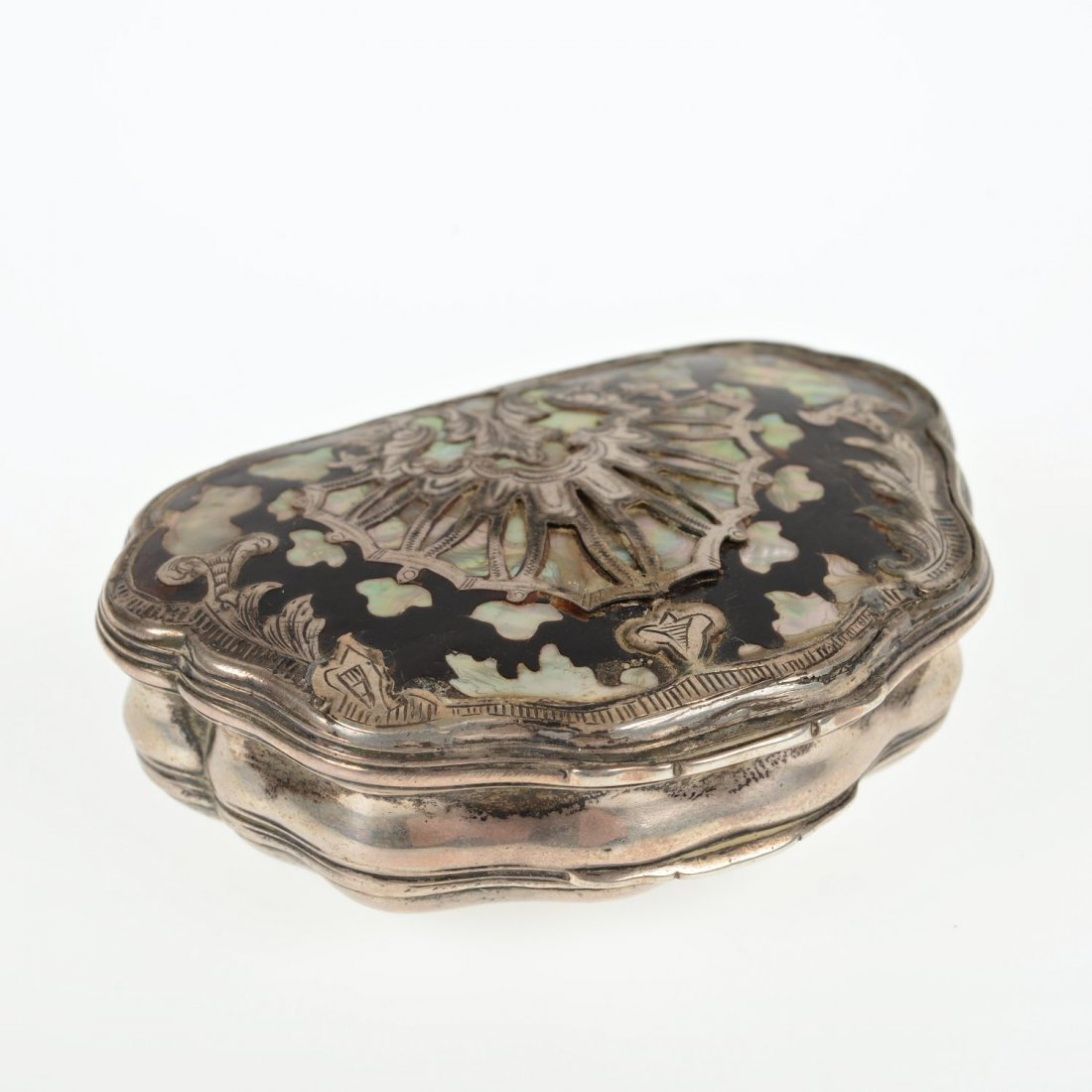 Antique silver inlaid shell-form snuff box