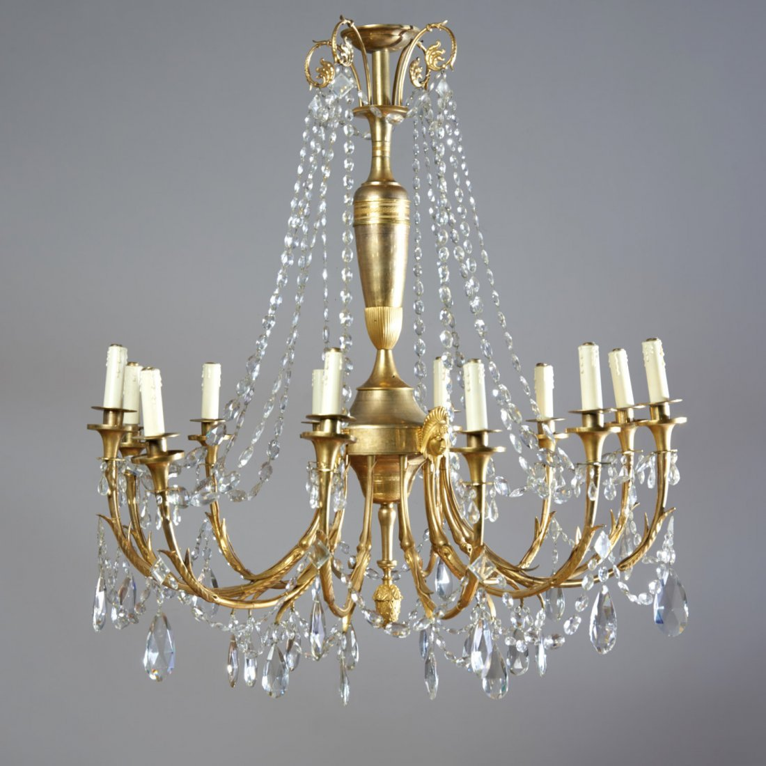Good Regency gilt bronze 12-light chandelier
