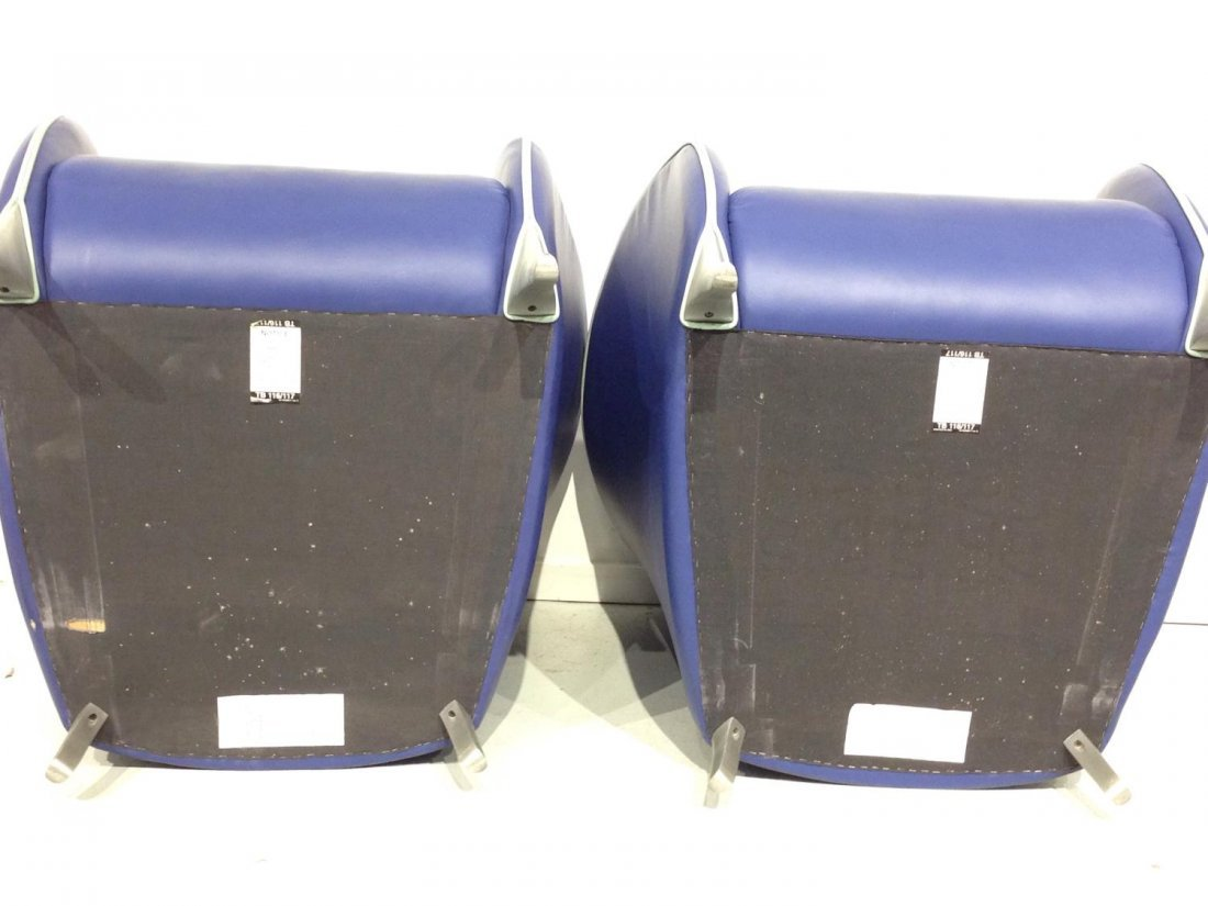 Pair Brayton electric blue leather tub chairs - 7