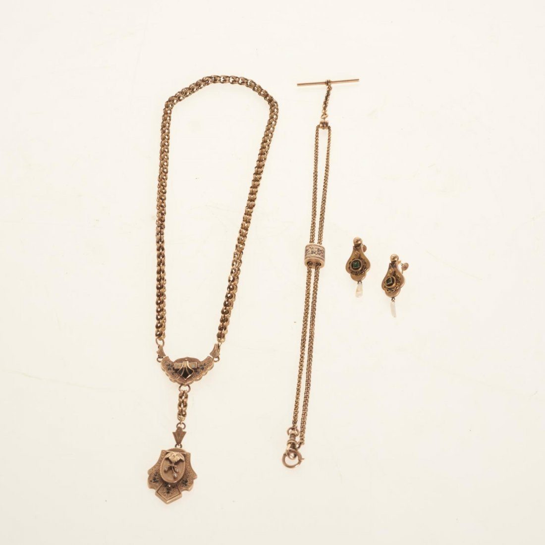 Victorian style gold jewelry