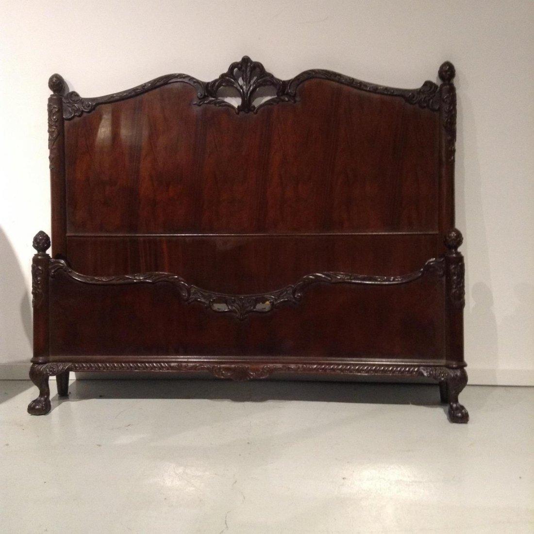 Colonial Revival (7)-piece mahogany bedroom set - 4