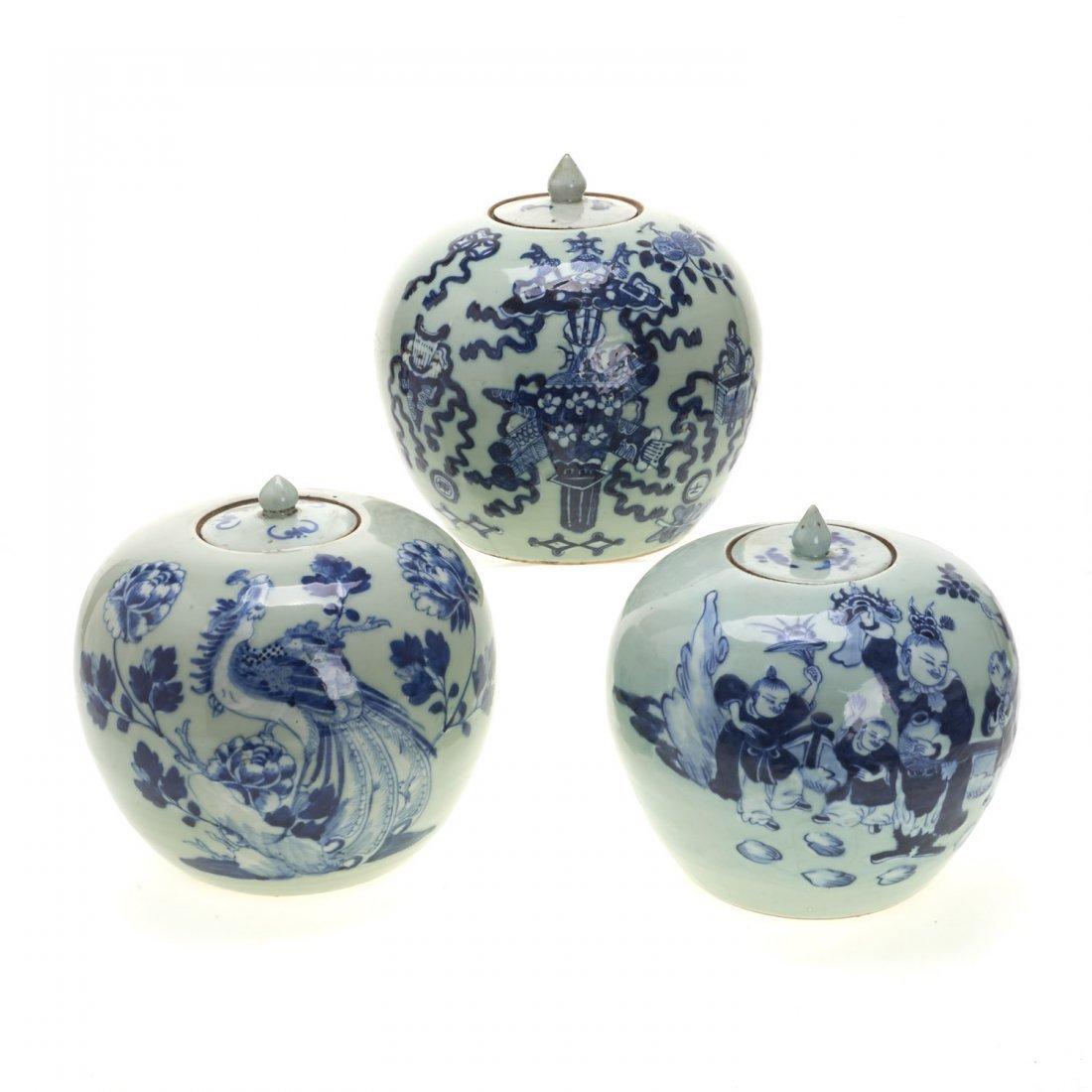 (3) Chinese blue and white globular covered jars