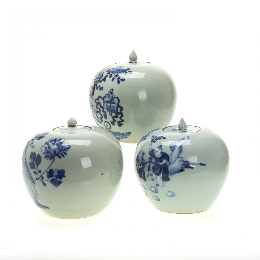 (3) Chinese blue and white globular covered jars - 4