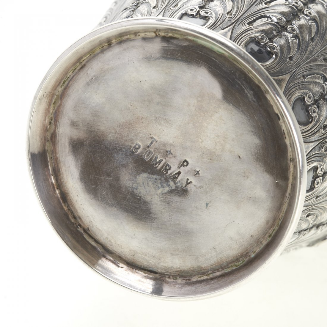 Indian silver ewer with deity decoration - 10