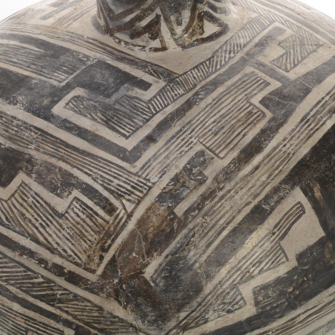 Large Anasazi earthenware Olla - 2