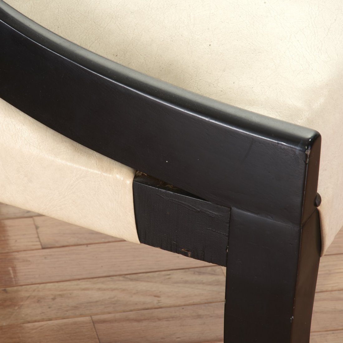 Pair Hollywood Regency spoon-back chairs - 7