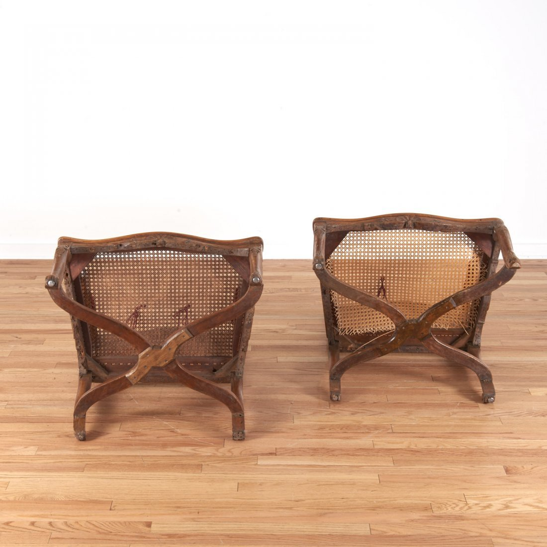Pair Regence carved walnut open armchairs - 7