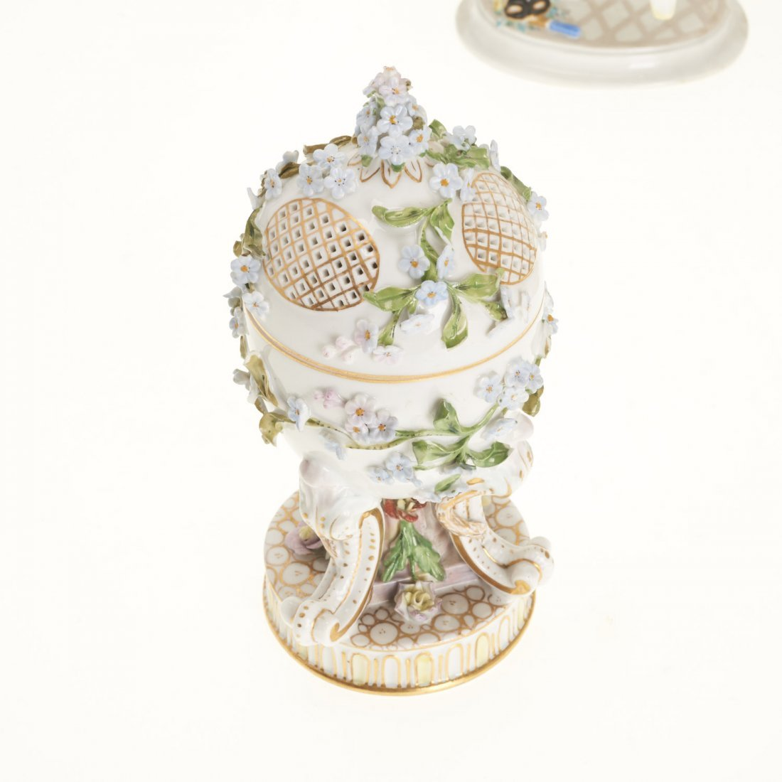 (5) Meissen porcelain figurines and articles - 3