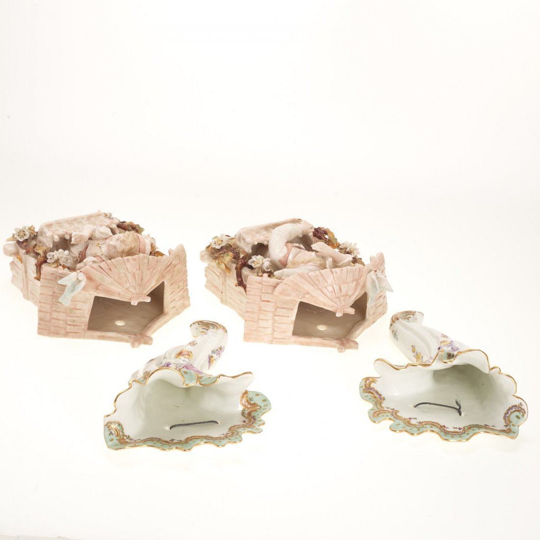 (2) Pr Antique Continental porcelain wall pockets - 7