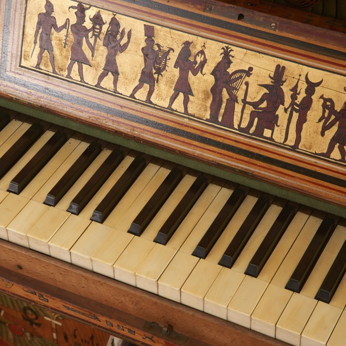 Egyptian Revival spinet piano - 5