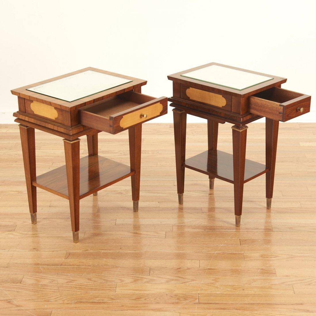 Manner Maxime Old near pair side tables - 2