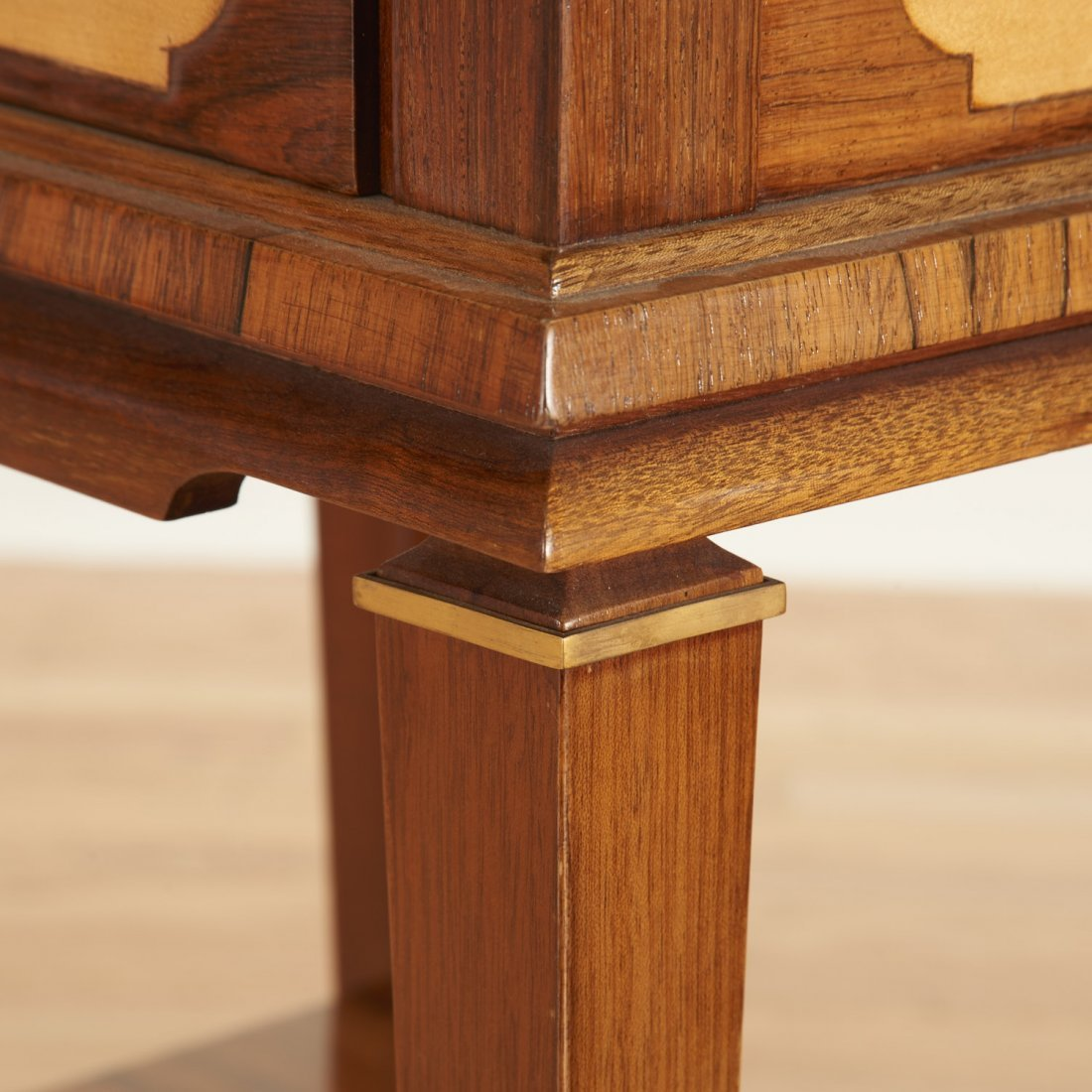 Manner Maxime Old near pair side tables - 8
