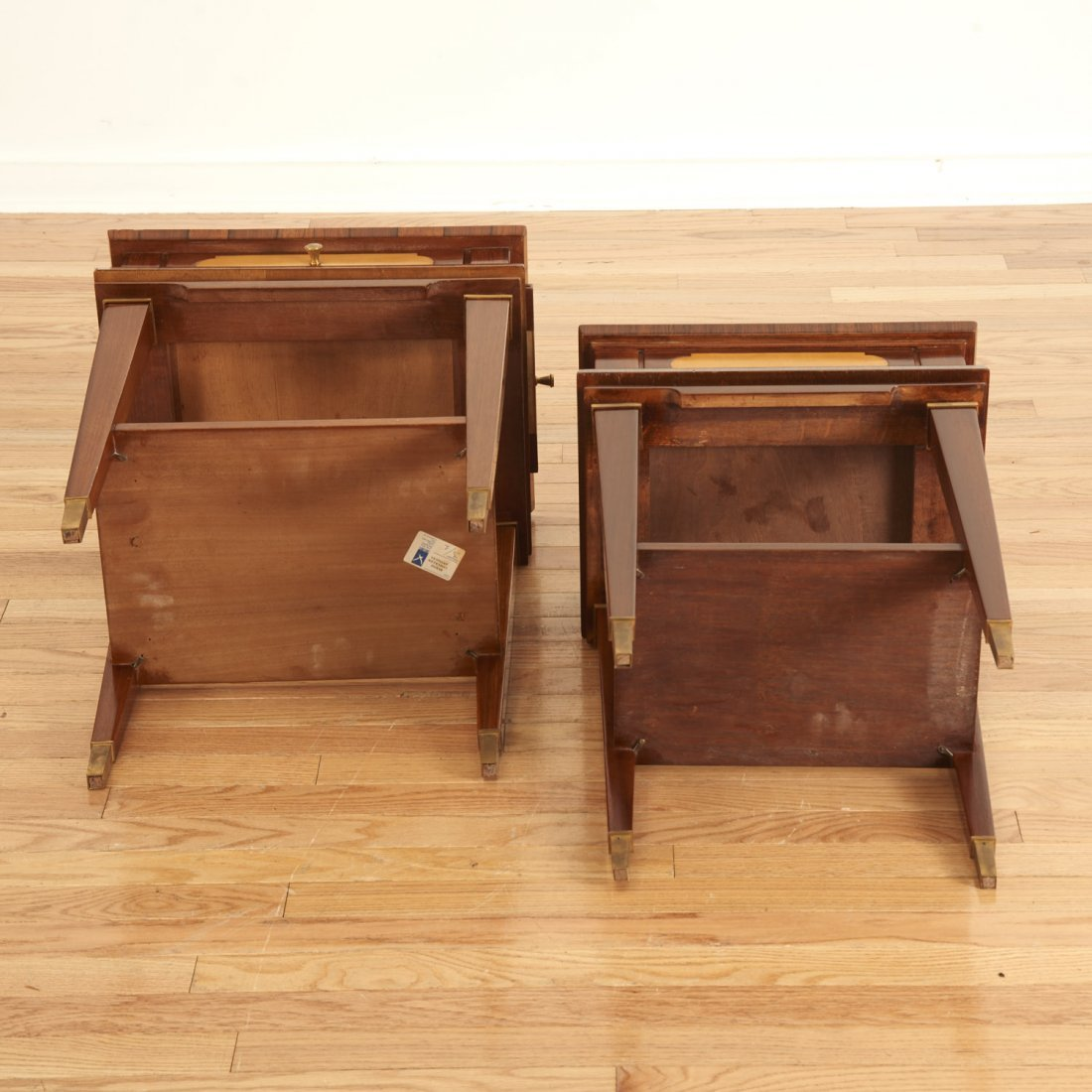 Manner Maxime Old near pair side tables - 9