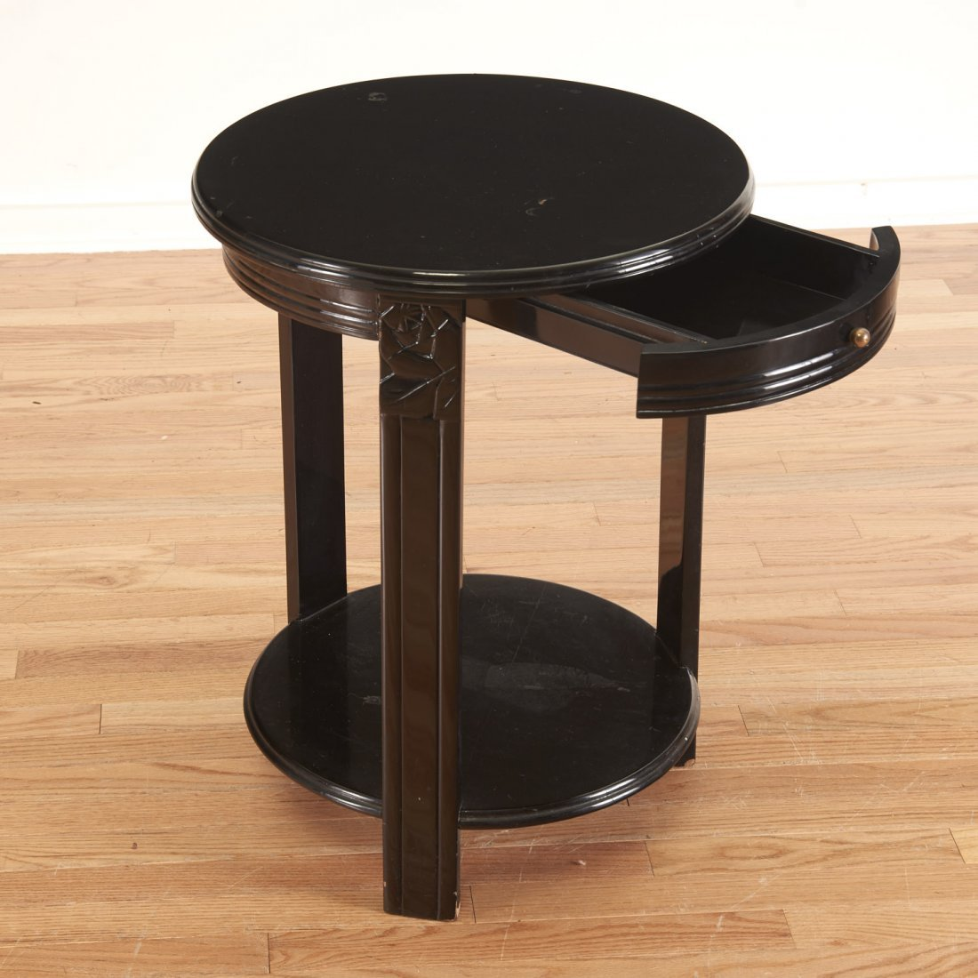 Art Deco style black lacquered center table - 2