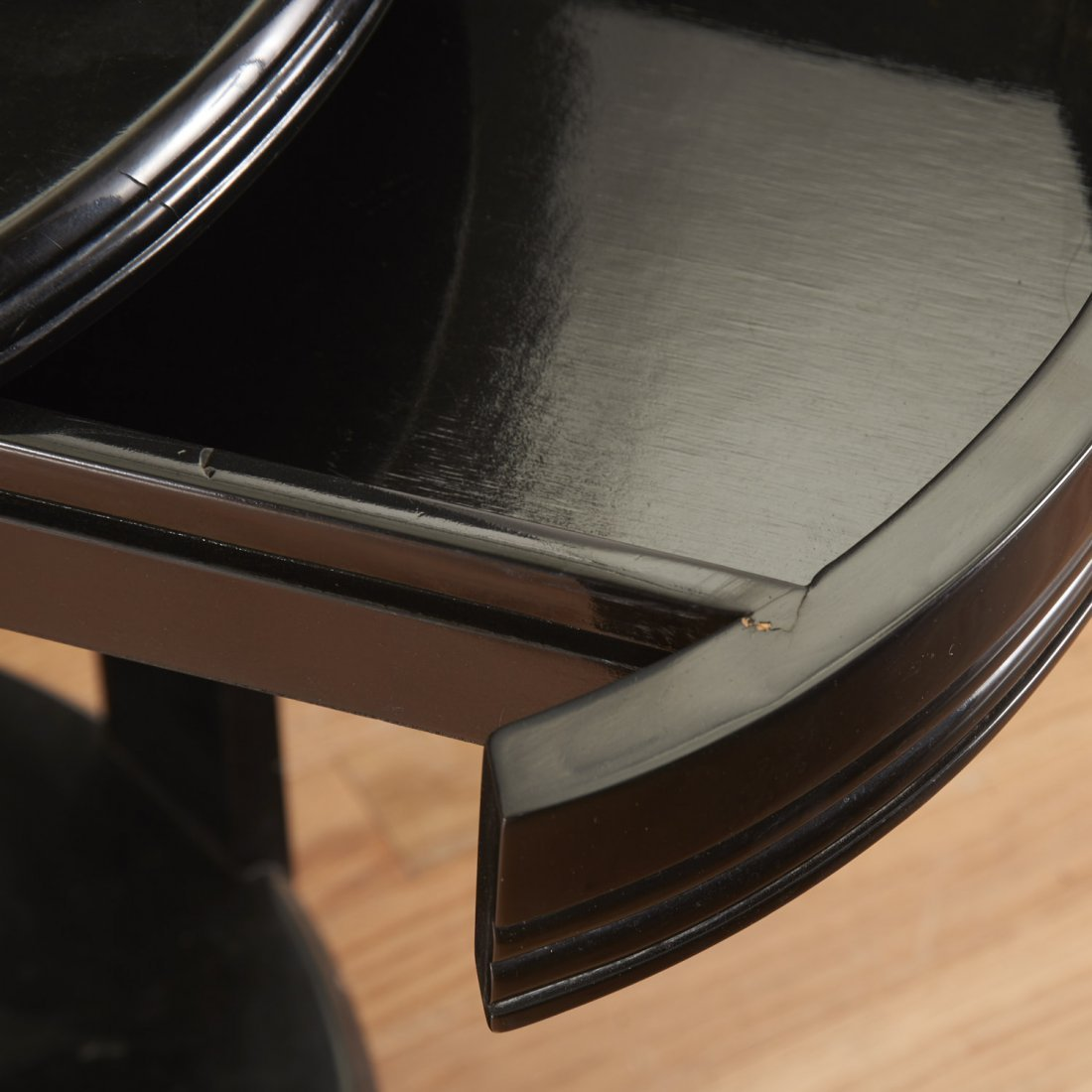 Art Deco style black lacquered center table - 3