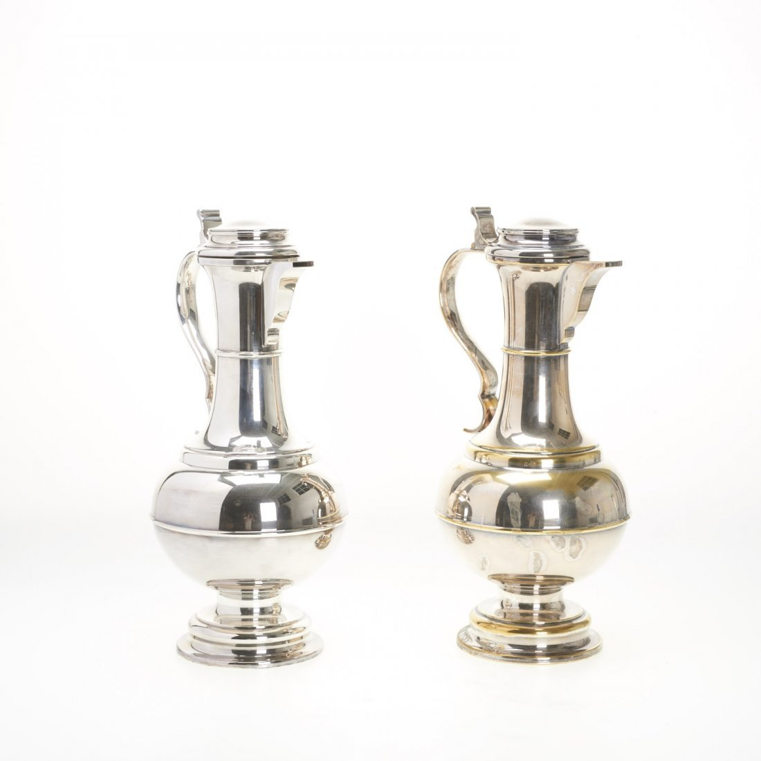 Pair monumental Sheffield silver plated ewers - 3