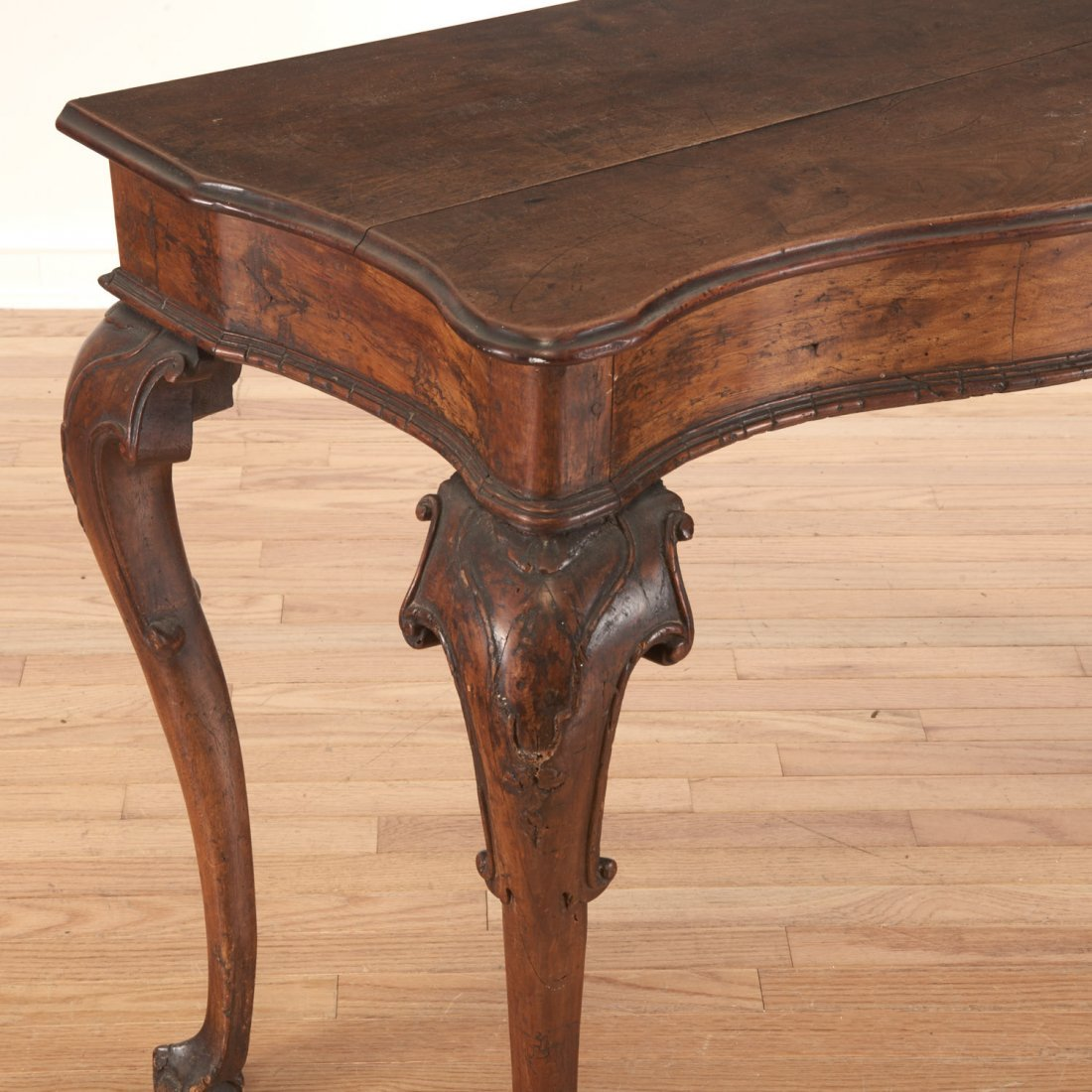 Antique Italian carved walnut console table - 2