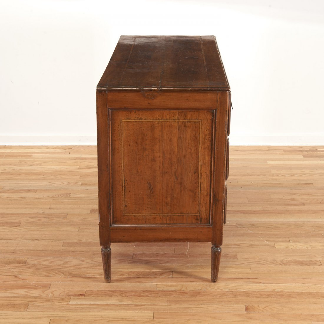Continental inlaid walnut commode - 7