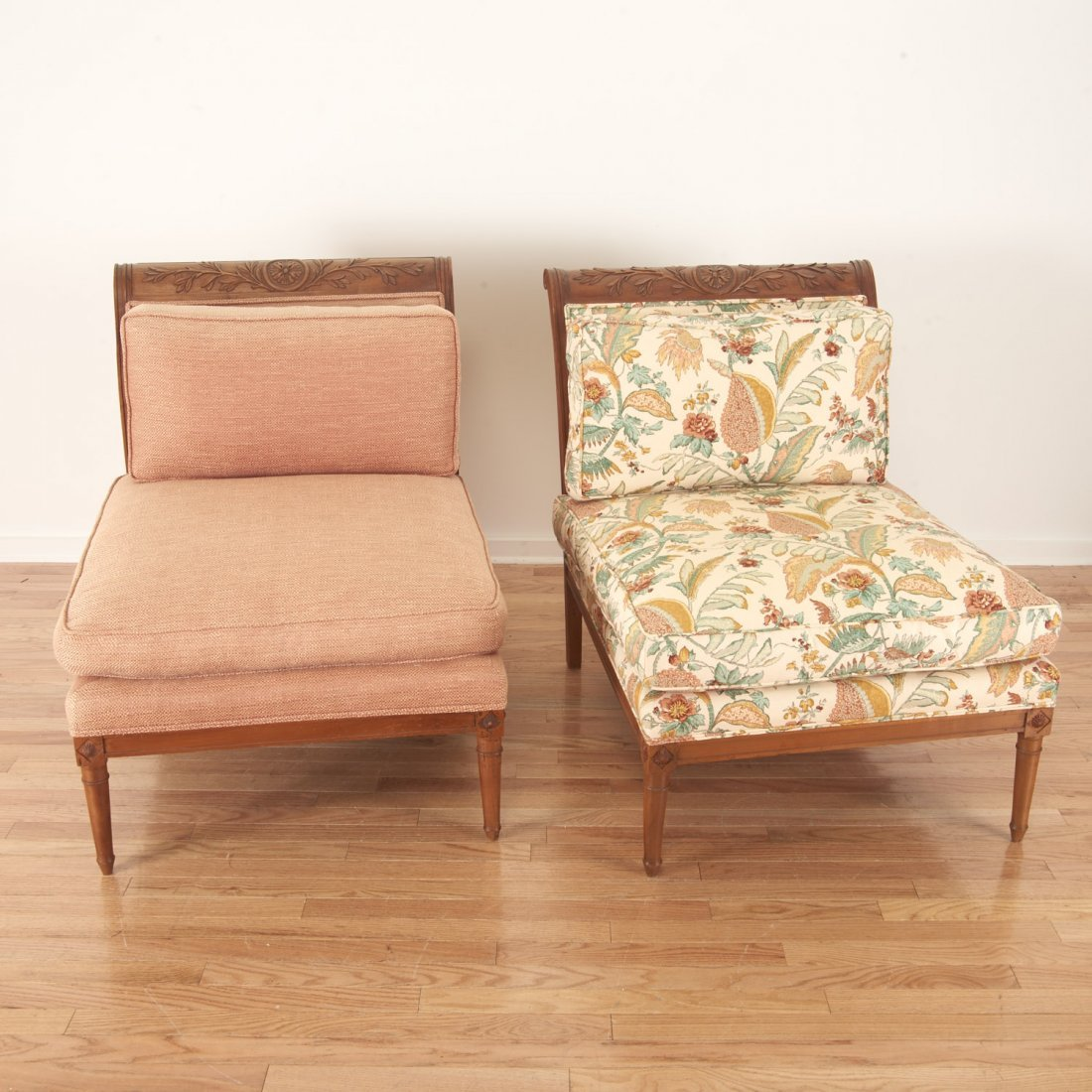 Pair Neo-Directoire upholstered walnut chauffeuse - 2