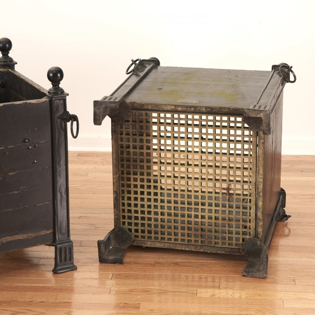 Pair Versaille iron and wood planter boxes - 10