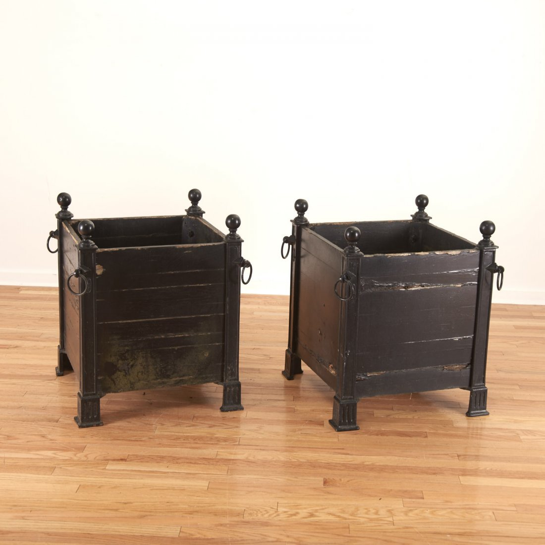 Pair Versaille iron and wood planter boxes - 4