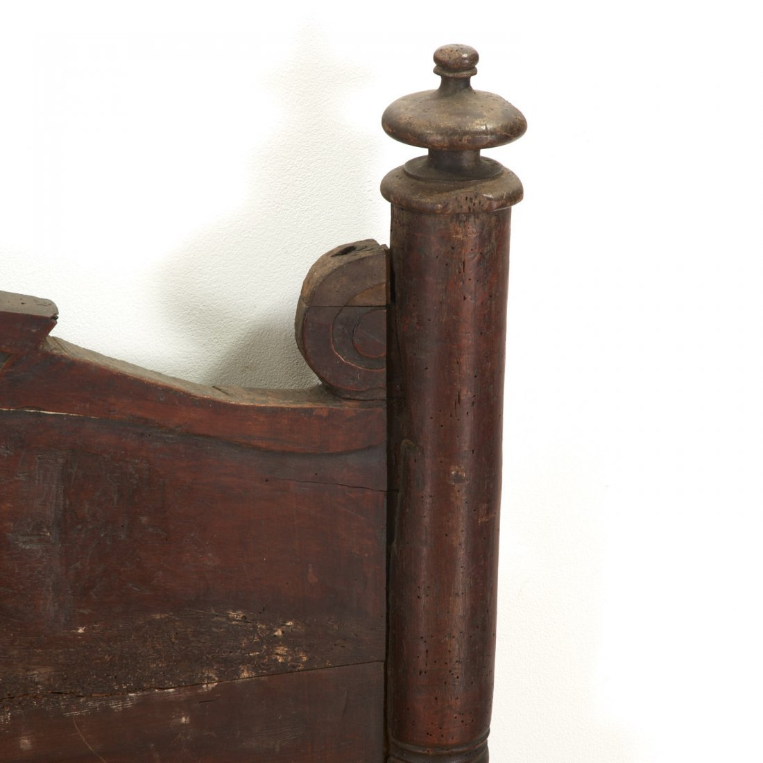 Pair Italian Baroque carved oak beds - 6