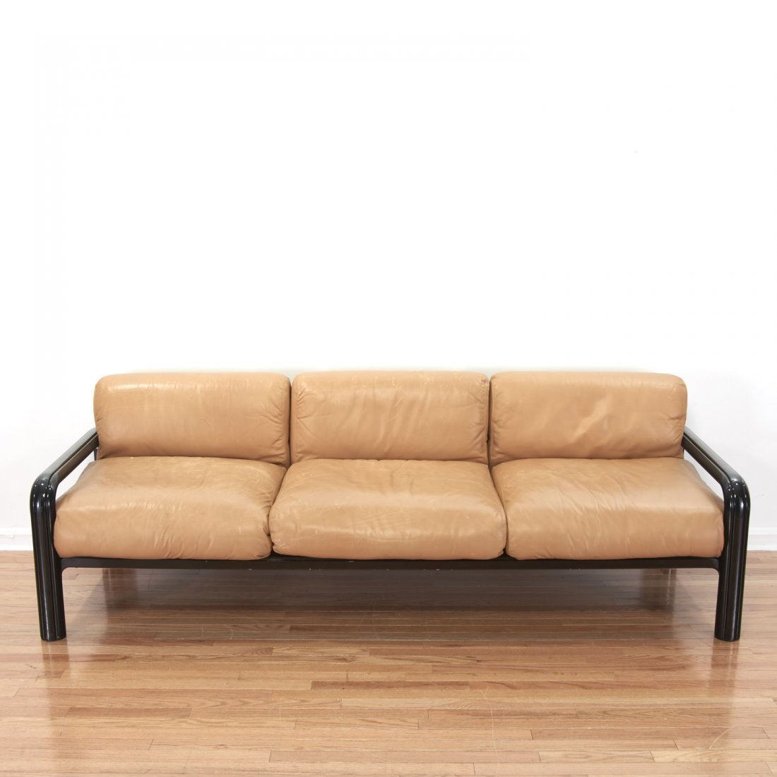 Gae Aulenti for knoll leather sofa