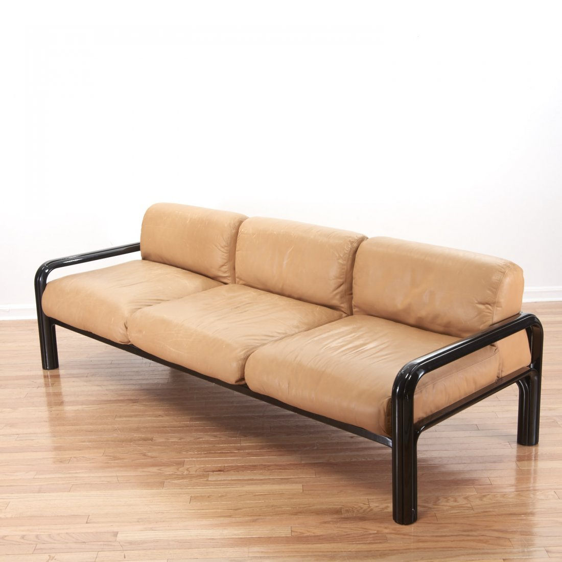 Gae Aulenti for knoll leather sofa - 3