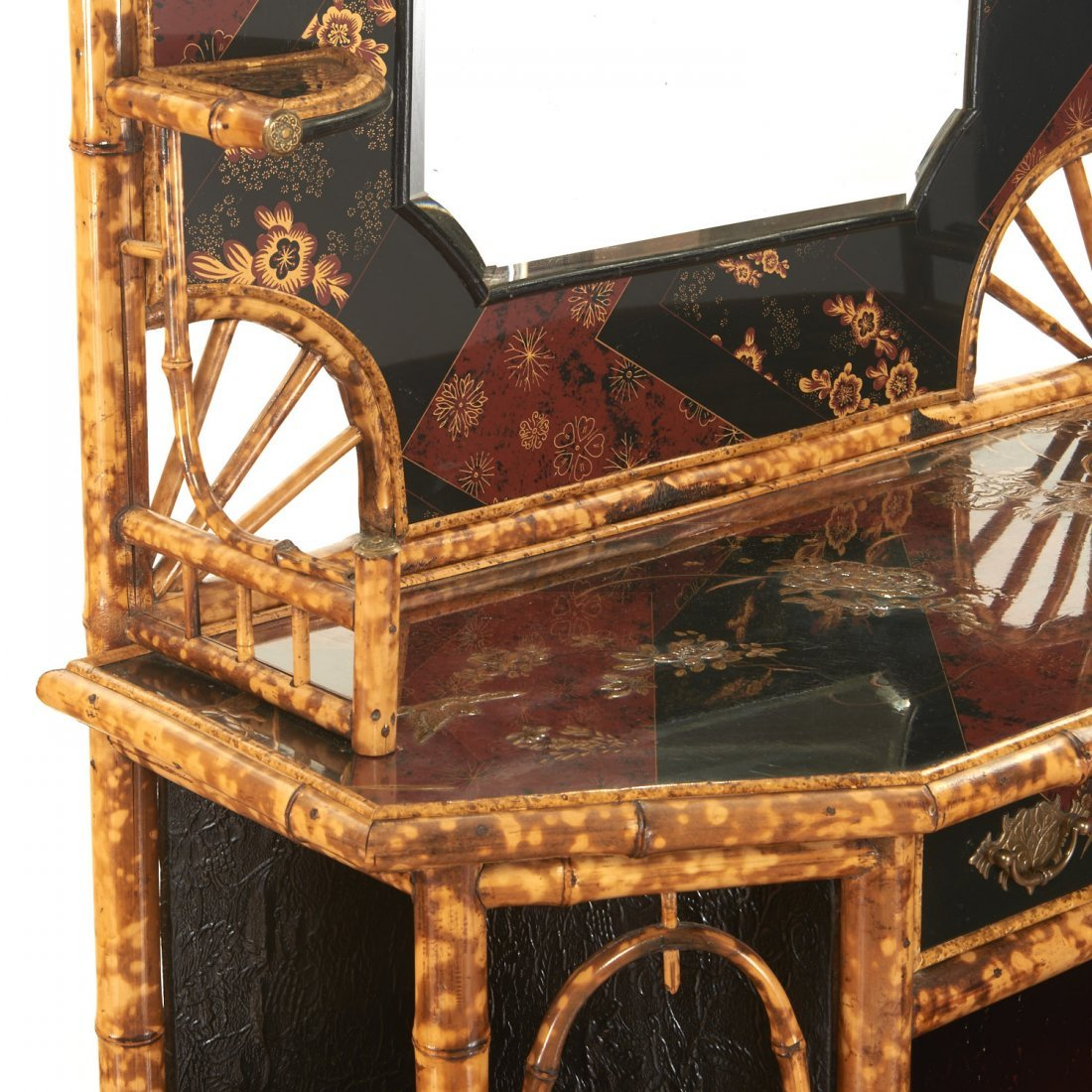 Victorian style chinoiserie lacquer etagere - 5