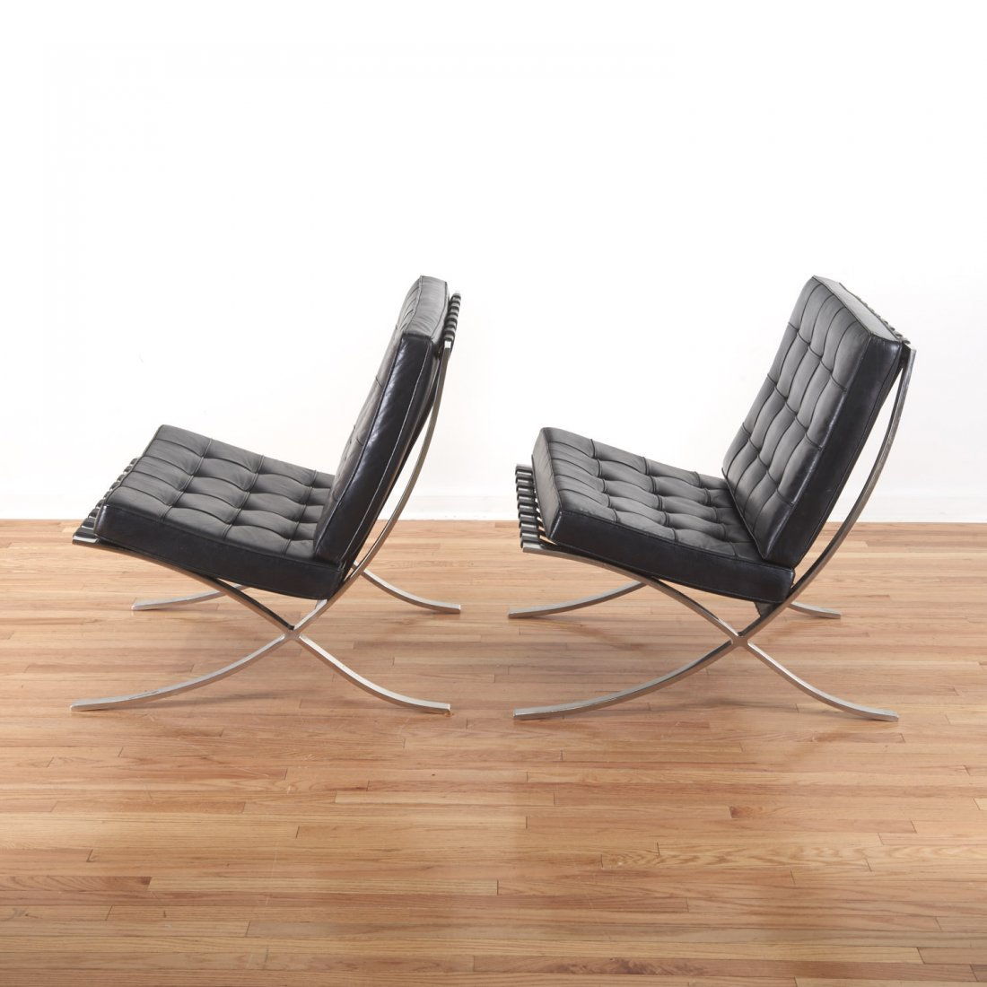 Pair Mies Van der Rohe Barcelona chairs - 3