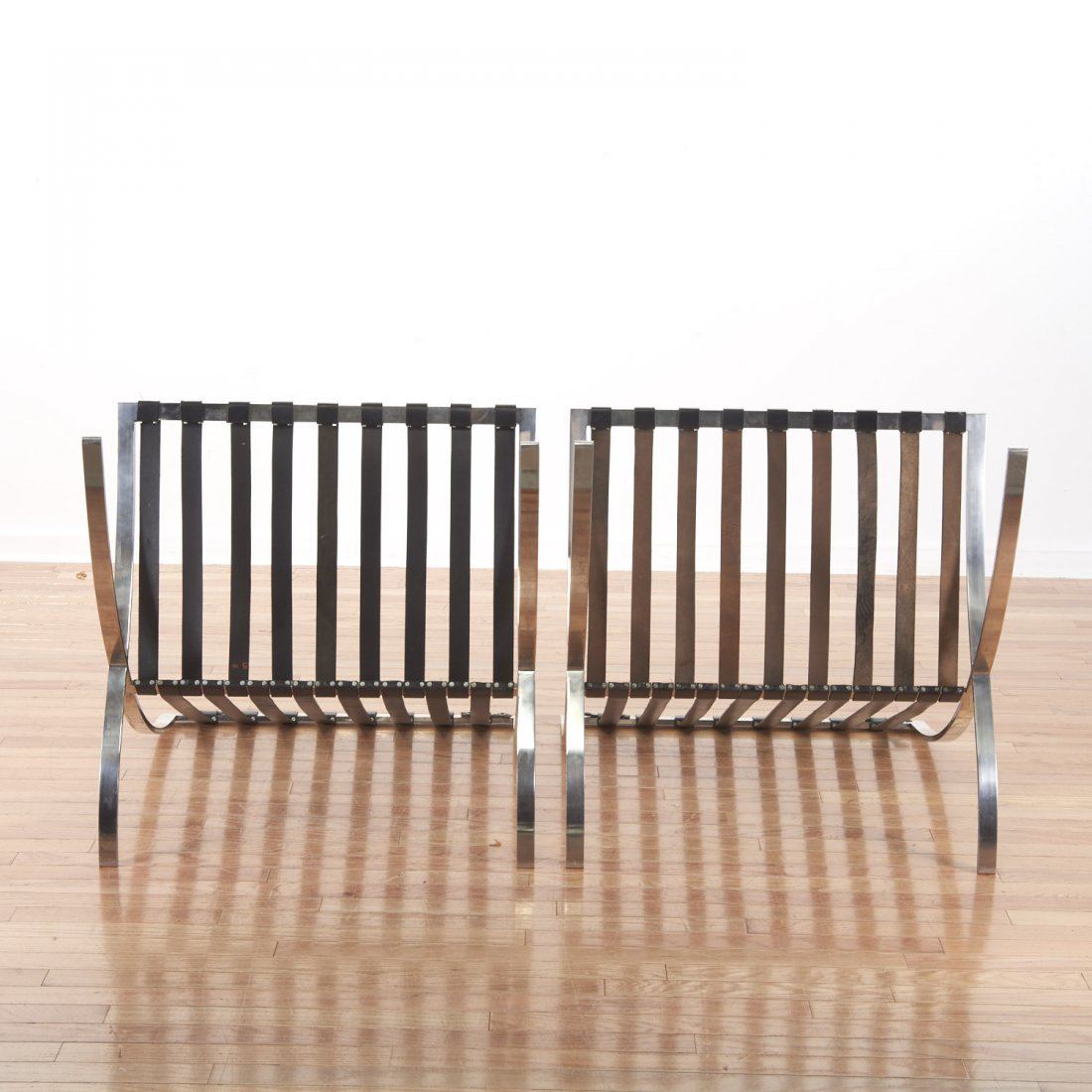 Pair Mies Van der Rohe Barcelona chairs - 5