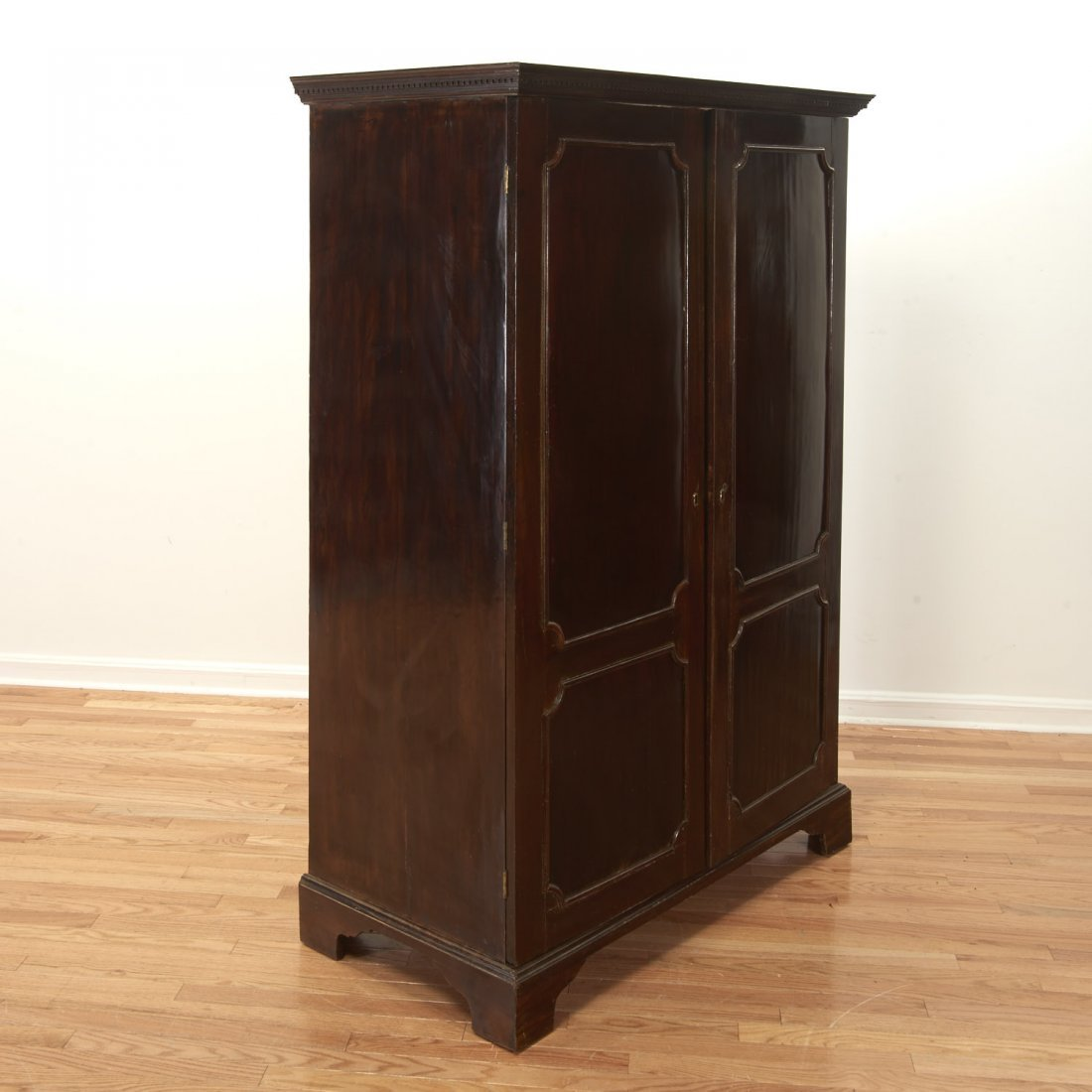 George III mahogany collector's cabinet - 3