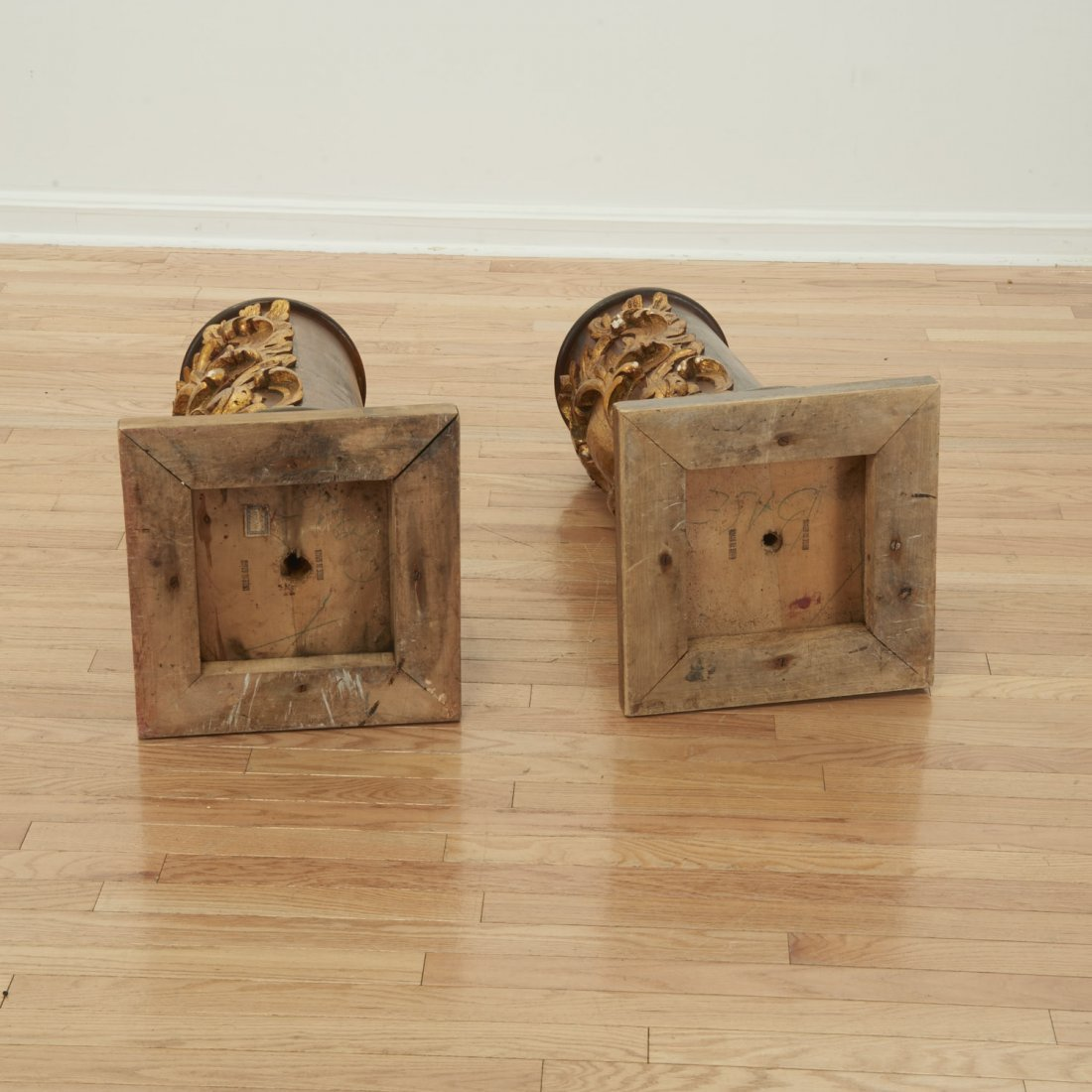 Pair Spanish Rococo parcel gilt wood pedestals - 6