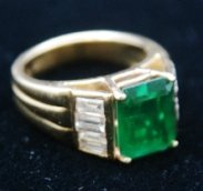 18K GOLD RING 4.5KT EMERALD WITH .75 DIAMOND