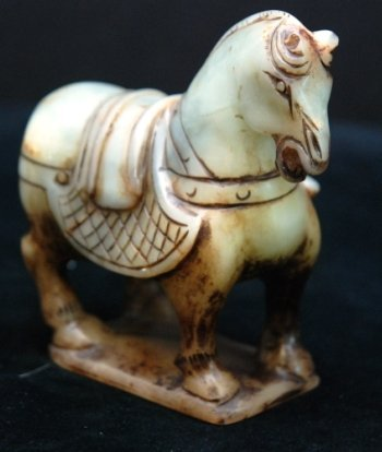CHINESE CARVED JADE HORSE FIGURE
