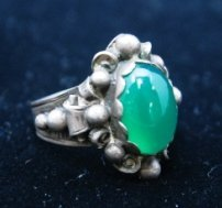 STERLING WITH GREEN STONE MEXICAN RING