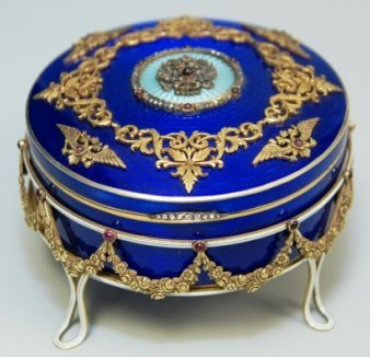 RUSSIAN GUILLOCHE ENAMELED BOX WITH STAND