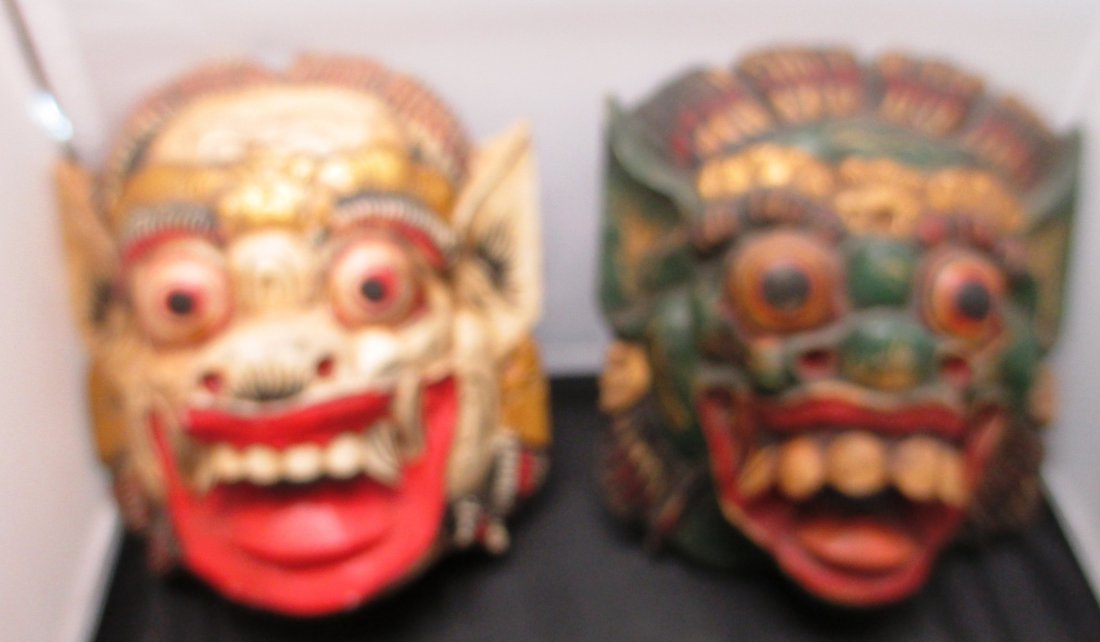 PAIR OF CHINESE WOOD CARVED DRAGON MASKS Pair of Dragon