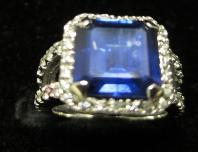 LADIES 14K WHITE GOLD DIAMOND & SAPPHIRE RING