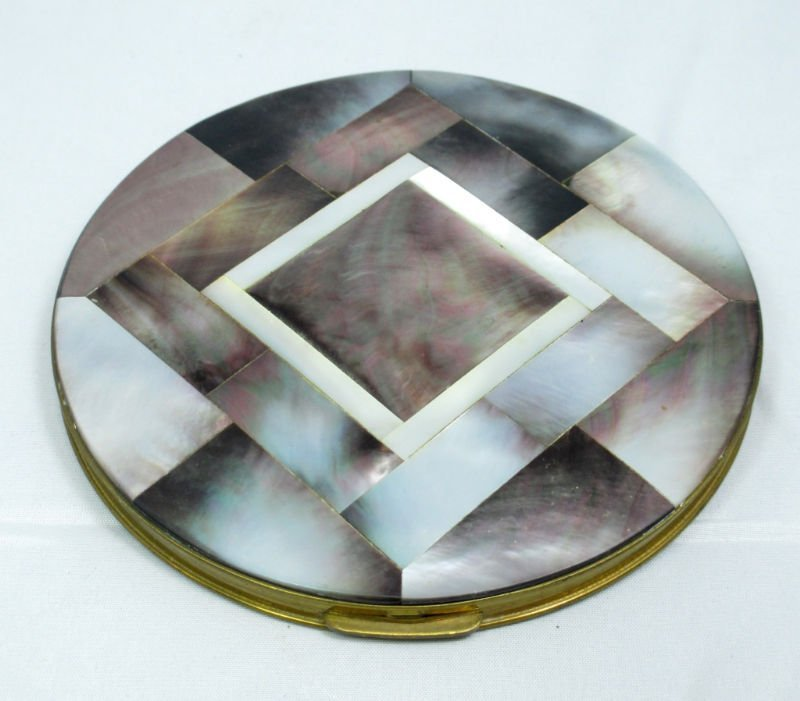 ANTIQUE MOTHER OF PEARL COMPACT