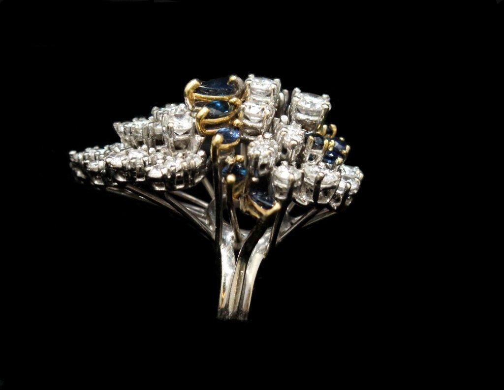 18KT WHITE GOLD DIAMOND & SAPPHIRE COCKTAIL RING