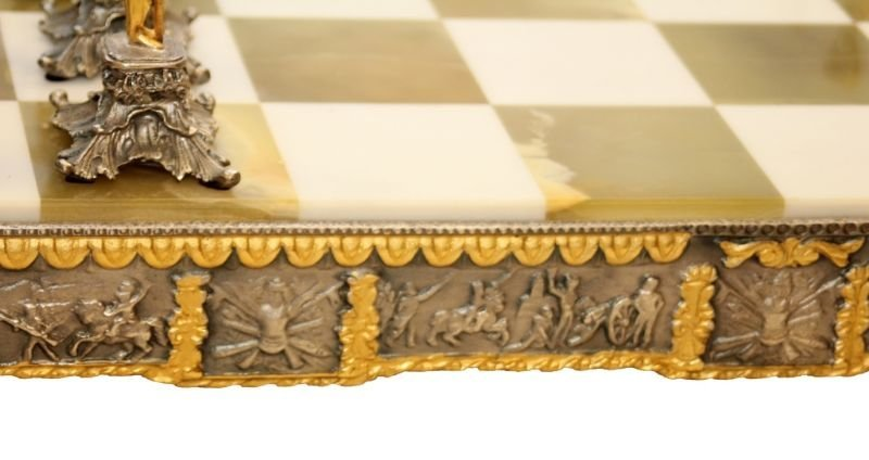 STUNNING WATERLOO NAPOLEONIC CHESS SET WITH BOARD - 5