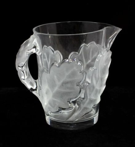 LALIQUE FRENCH CRYSTAL FLORAL CHENE 80oz PITCHER