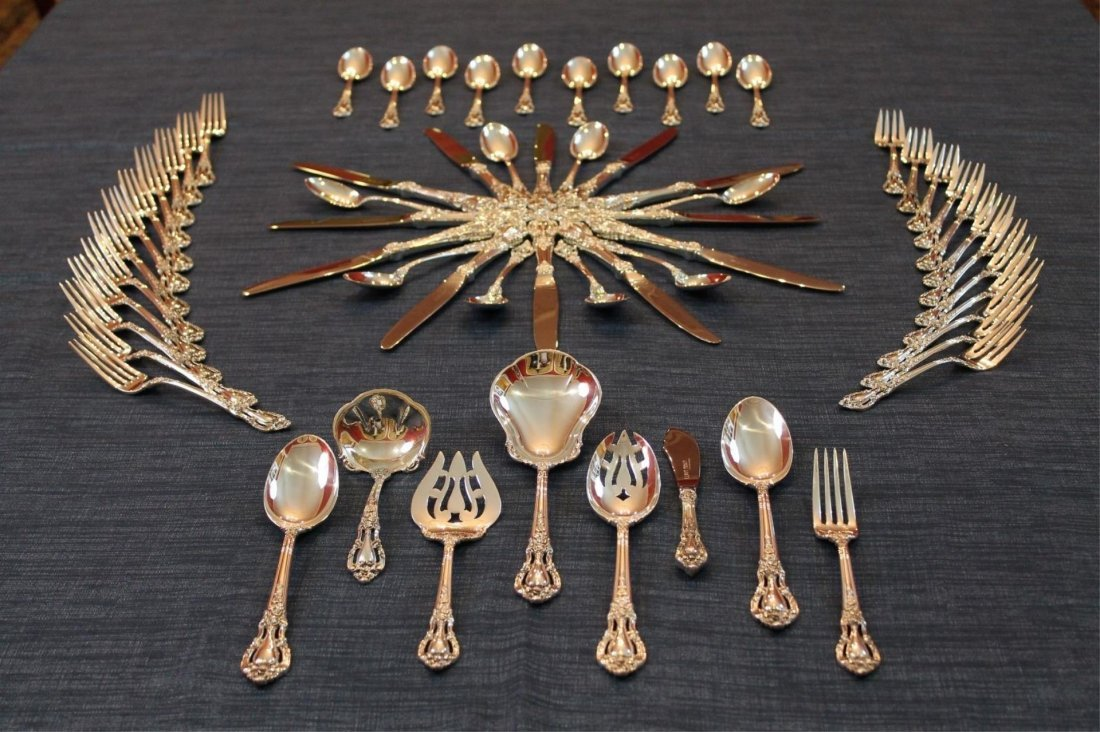 Lunt Eloquence 62 Piece Sterling set